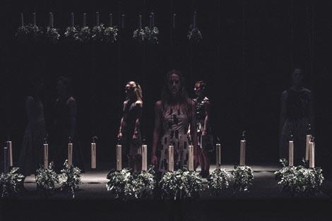 Zagrebački plesni ansambl: The Devil s Garden, kor. David Hernandez