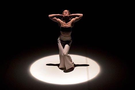 Masa Dance Company, Zagreb: Ona / Her, autori Aleksandra Mišić, Žak Valenta, Bojan Gagić